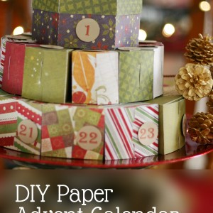 DIY Paper Advent Calendar with free template or cutting file! | Saynotsweetanne.com | #christmas #printable #advent #calendar