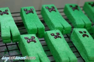 DIY Creeper Marshmallows