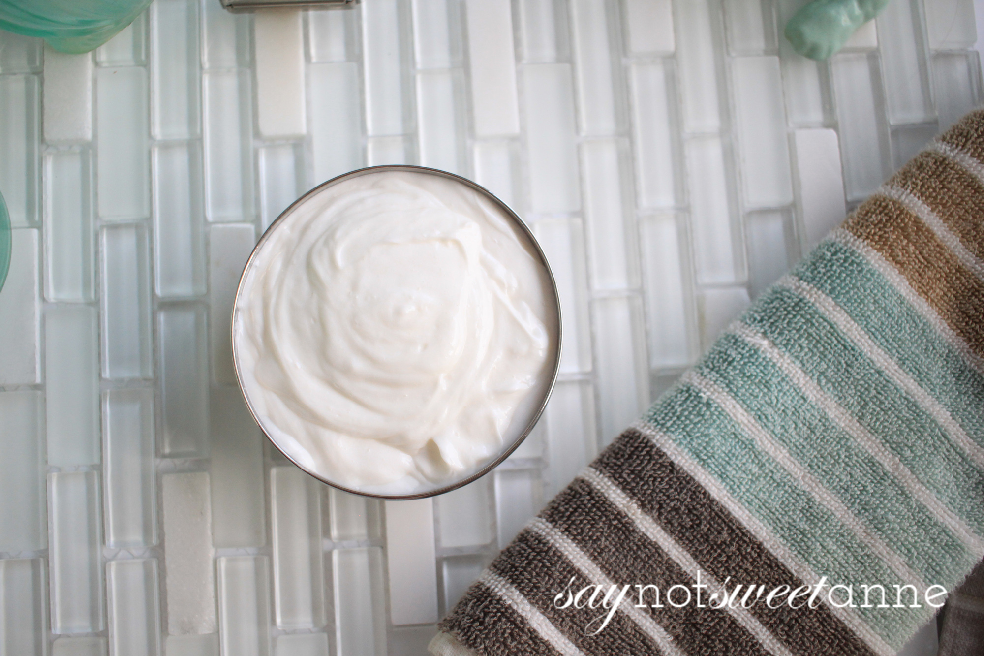 Home made all natural face moisturizer recipe. Simple and easy to find ingredients to make a customizable cream formula. Add essential oils, minerals, anything you'd like! Great for most skin types and easy enough for beginners.   saynotsweetanne.com