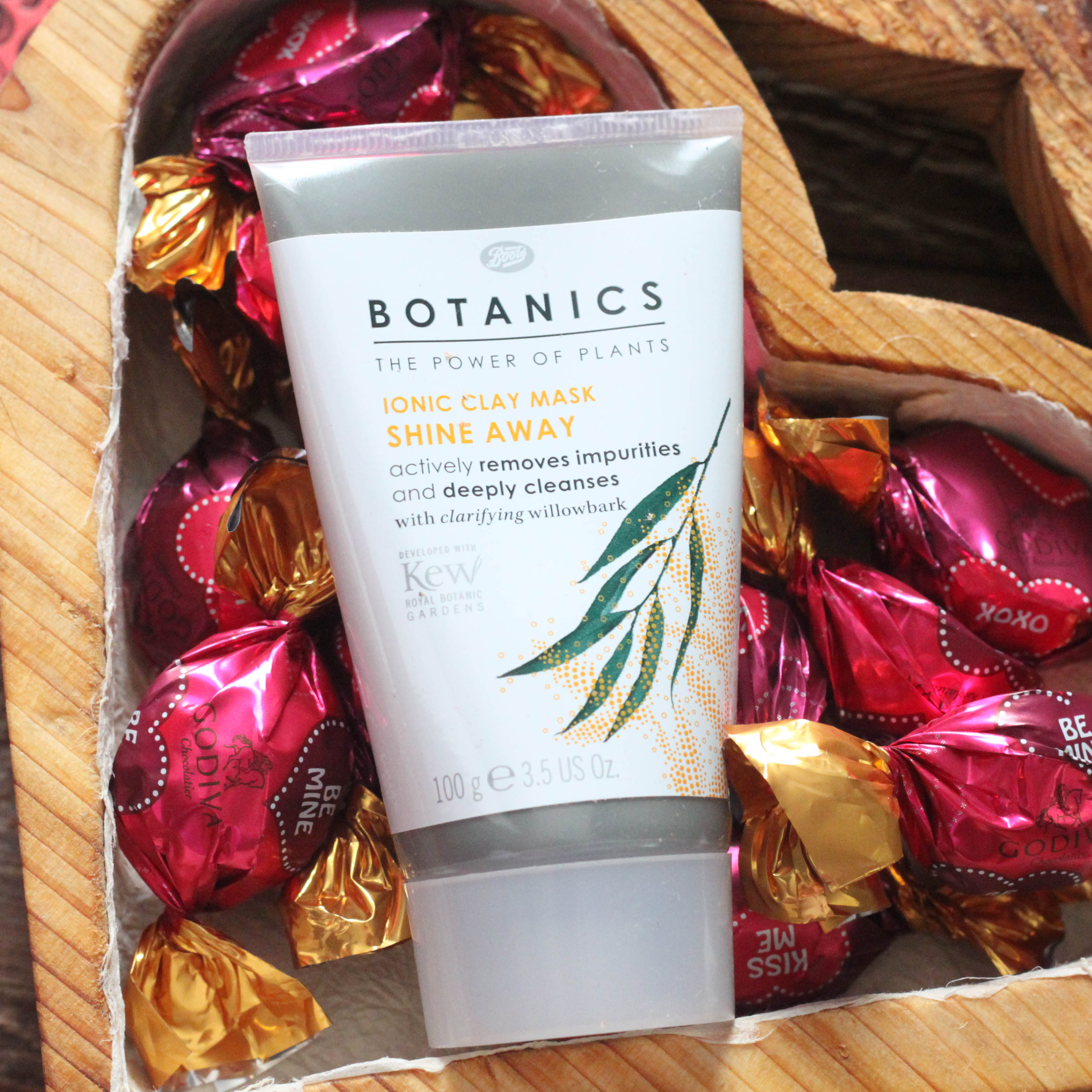 Botanic Clay Mask Review on Saynotsweetanne.com