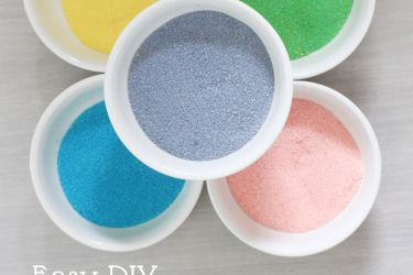 DIY Colored Sugars in less than 5 minutes! Never pay for sugar again! | saynotsweetanne.com | #diy #baking #sugar #cookies