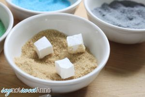 DIY Minecraft World Marshmallows! Make edible blocks of marshmallows in the style of Minecraft blocks! Kids will love to play with and then eat them! | saynotsweetanne.com | #diy #minecraft #party #kids #treat