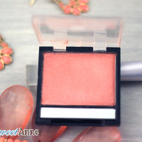 Easy DIY Mineral Blush - create your perfect shade and save money! | saynotsweetanne.com | #mineral #makeup #diy #blush #beauty