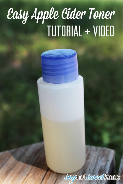 DIY Toner with Essential oils on Saynotsweetanne.com