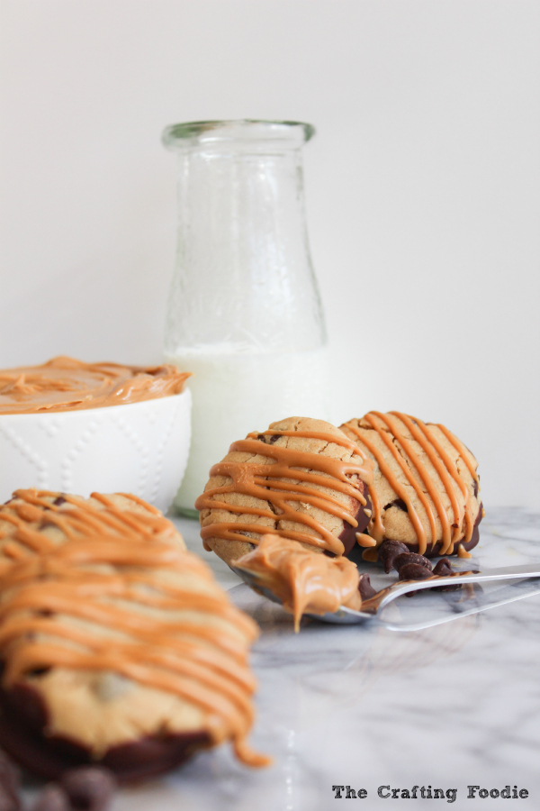 Peanut Butter S'more Cookies | The Crafting Foodie via Say Not Sweet Anne #cookies #s'mores #peanutbutter
