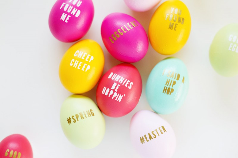Typography Easter Eggs by Lovely Indeed * 20 Colorful and Bright Easter Egg How To Ideas! Perfect place to get out of your Egg rut! | saynotsweetanne.com