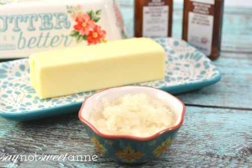 An amazing DIY Honey Butter Lip scrub tutorial! Great for gifts, for the beauty mavens or just for fun!   saynotsweetanne.com