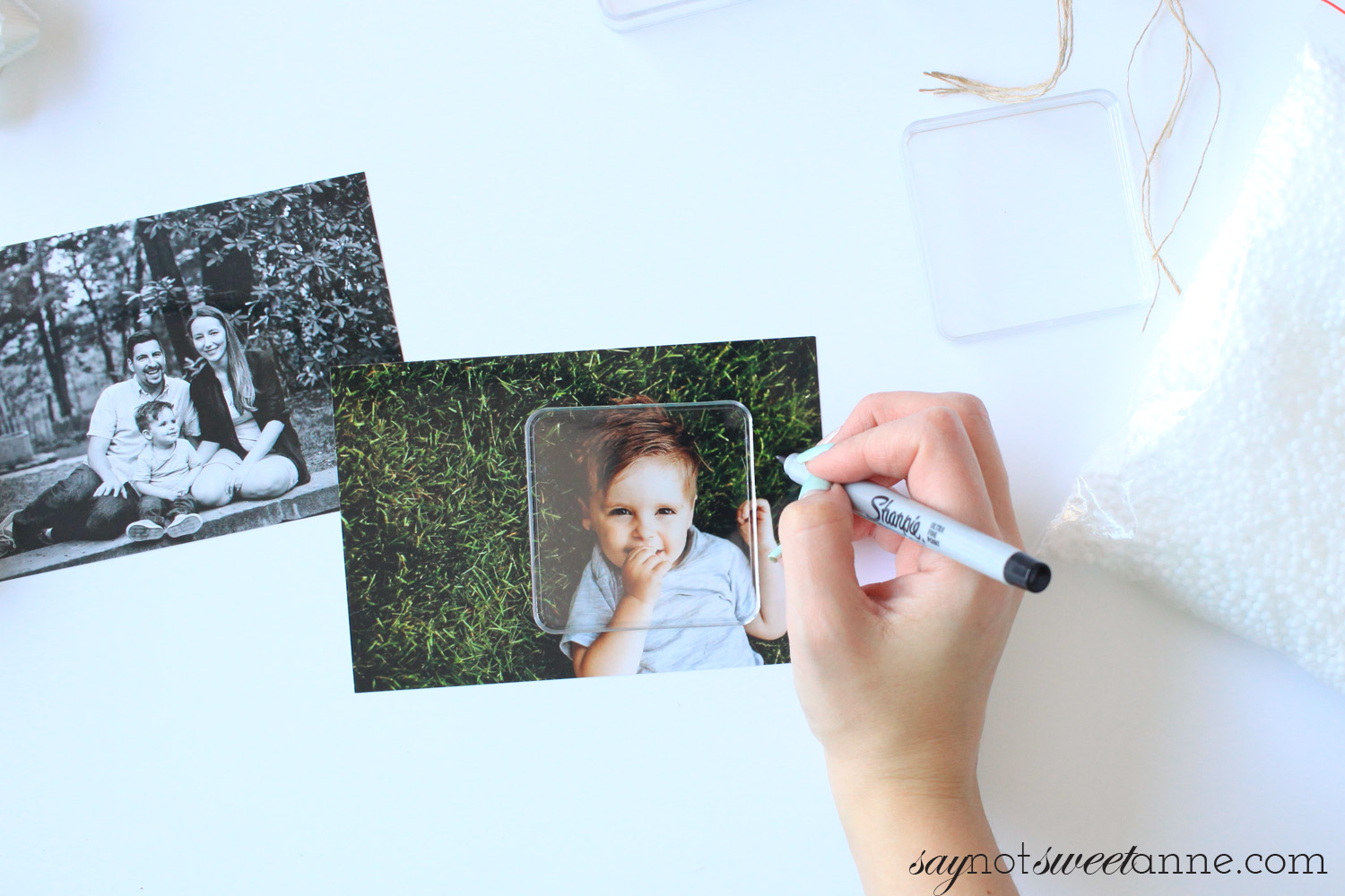 Create a gorgeous photo ornament with simple items at home! The results are posh and totally worthy of gift giving, or decorating your own tree with! saynotsweetanne.com